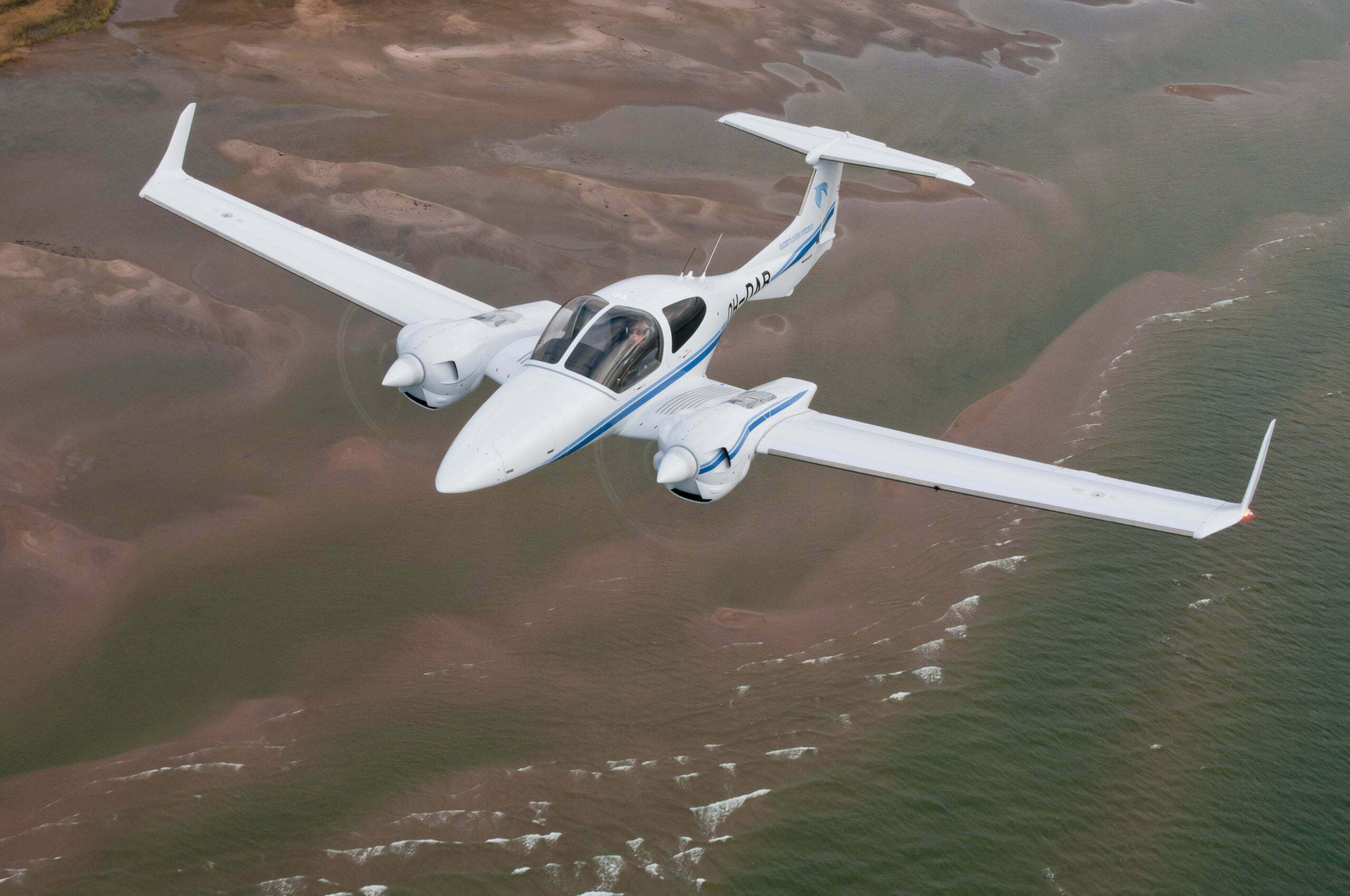 DiamondAircraft_DA42VI_7