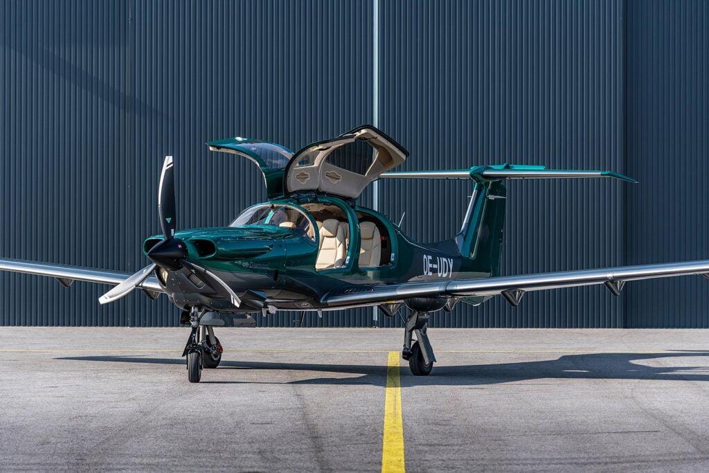 Gemstone Aviation's brand-new DA50 RG also features an elegant cashmere beige leather interior