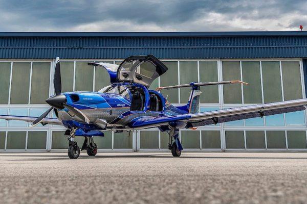 Gemstone-Aviation-Diamond Aircraft-DA50-RG